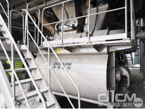 中联-CIFA复合螺带搅拌主机
