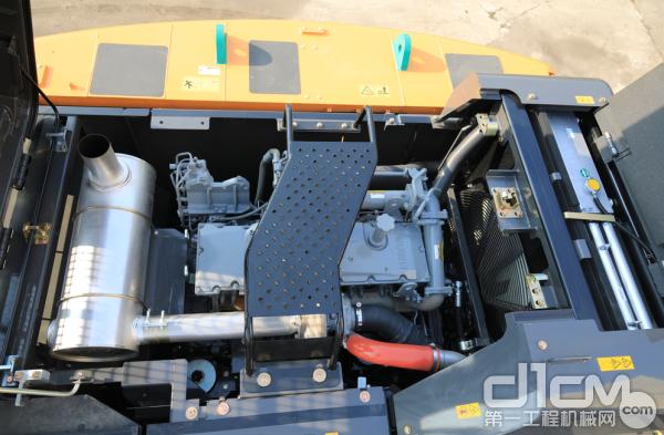 最新款的C型机发动机升级了电脑板和控制程序