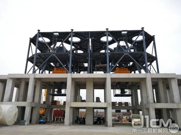 SjHZS180-3D粉料仓顶置式混凝土搅拌站