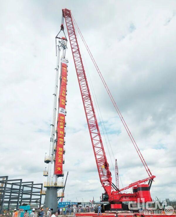 宁波镇海炼化项目170吨的脱异丁烷塔吊装