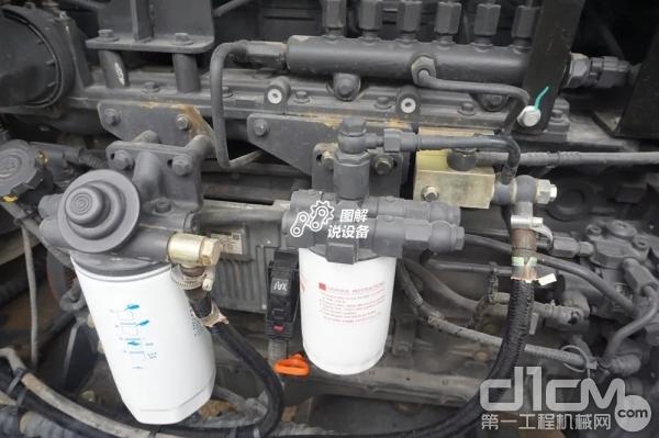 发动机滤芯位置设计合理