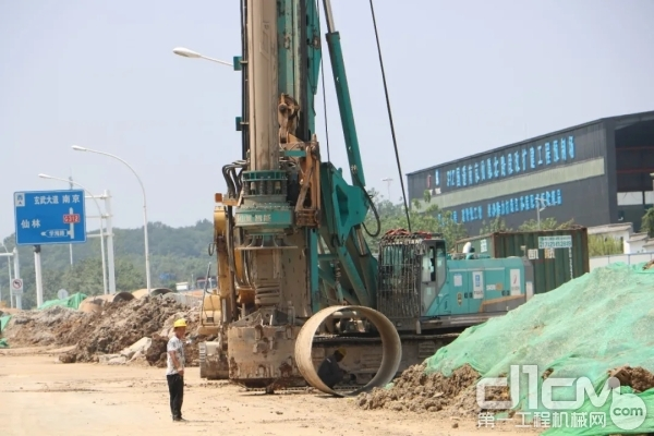 山河智能SWDM360H旋挖钻机施工现场