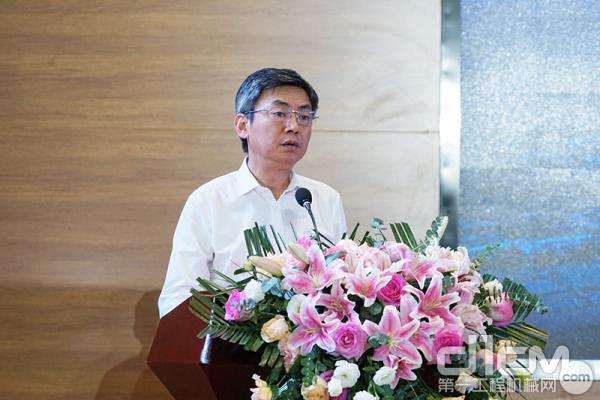 中联重科副总裁郭学红致辞