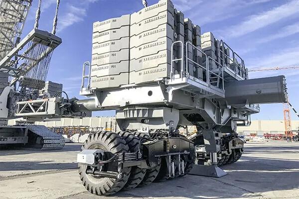 利勃海尔800吨履带起重机完成1000吨重量载荷测试