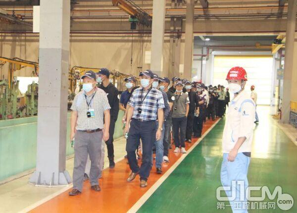 四川省报废机动车回收拆解行业协会到神钢建机中国一行