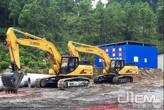 2020年年初用户购买的厦工XG822FL、XG836FH履带式挖掘机