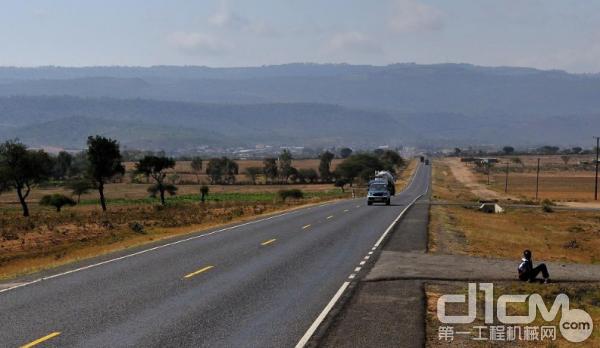 重庆外建中标埃塞俄比亚1.34亿美元道路升级项目