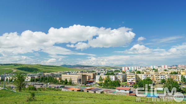 蒙古额尔登特城市风光