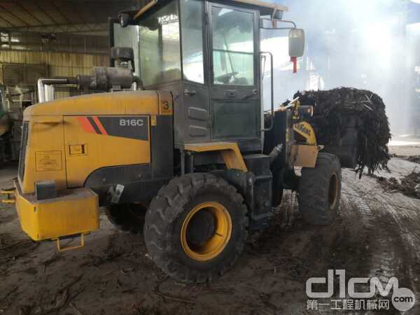 柳工CLG816C装载机的动力性和舒适性要好很多
