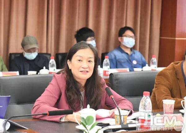 中国工程院陈晓红院士