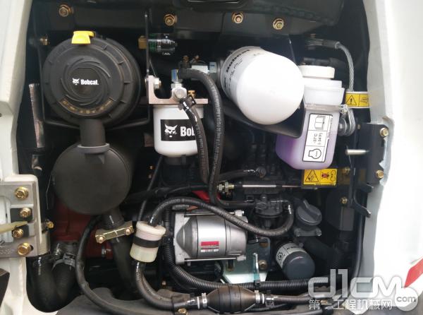 山猫E20Z延续原装进口机型E20配置