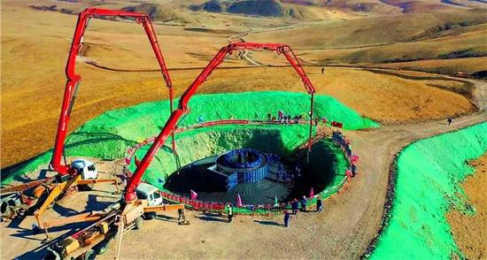 在这个300万千瓦的风电扶贫项目中,三一设备接力入场