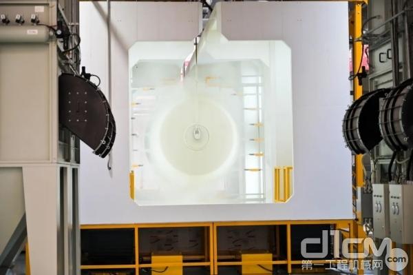 装配流水线采用全流程数字化在线检测技术