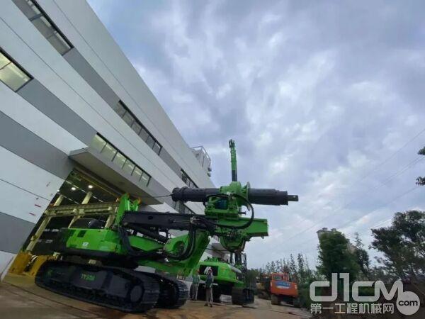 全新泰信低净空旋挖KR300DS助力武汉地铁建设工程