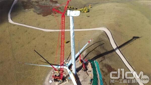 三一履带起重机助力内蒙古兴安盟300万千瓦风电扶贫项目首台风机吊装
