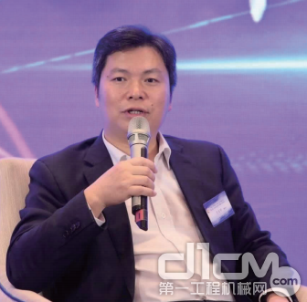 在危机中把握机遇——专访广西柳工机械副总裁、柳工叉车董事长王太平