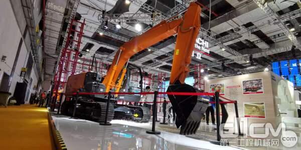 日立ZX120-5A液压挖掘机正式全球首发