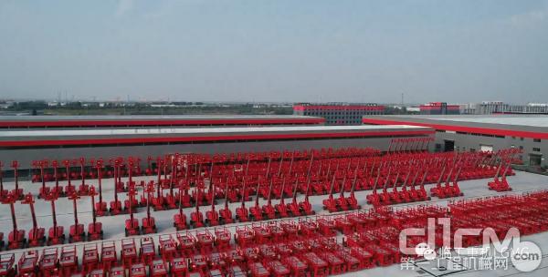 临工重机即将亮相bauma CHINA 2020
