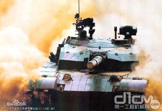 """寶馬展戰力值AA級""""武器""""裝備,起重機界""""99式坦克""""——徐工XCT95L7來了!"""