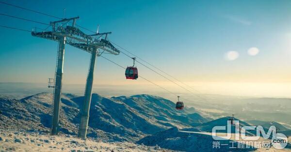 阿勒泰将军山雪场