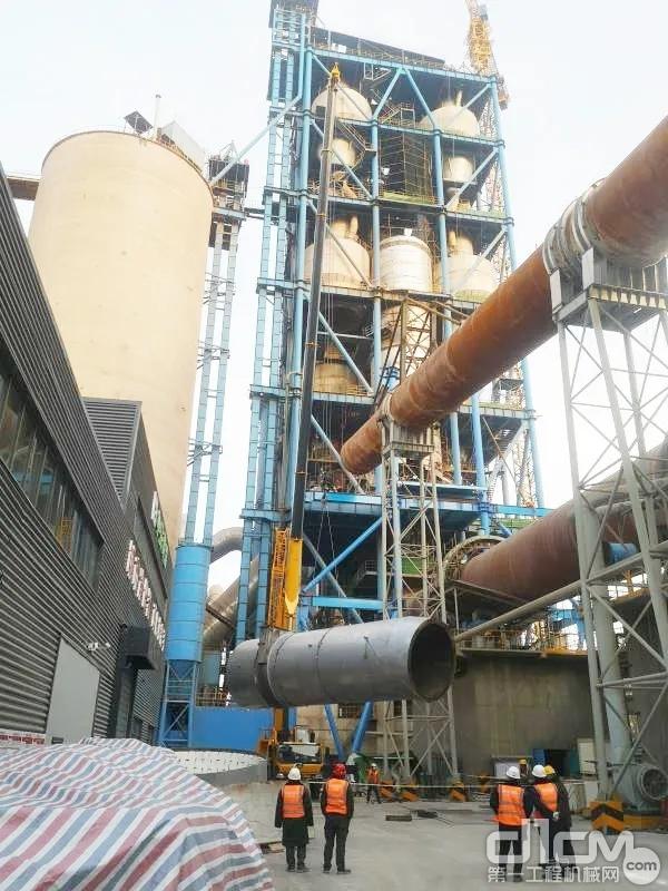 柳工TC800C6奋战在三门峡某水泥厂