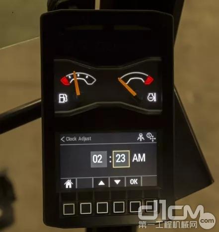 """多功能集成显示器,众多控制""""一键""""可得"""