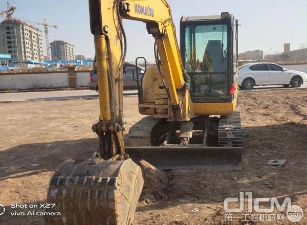 这台小松PC70-8挖掘机已经工作18000多个小时