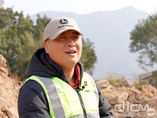 福建宏途投资集团机械管理部的陈文彩经理