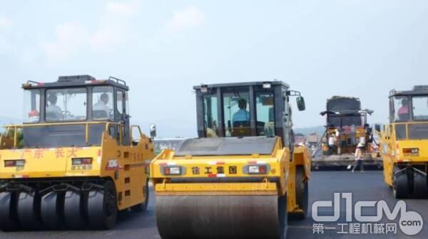 徐工第四代路面机械设备效力亚运会场馆施工