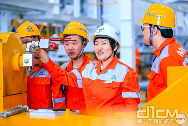 全国人大代表王杜娟:践行三个转变, 推动地下工程装备产业高质量发展