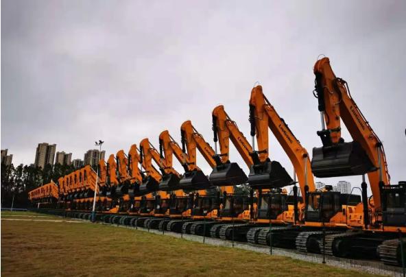 第一季度挖掘机销售了去年总销量的近40%
