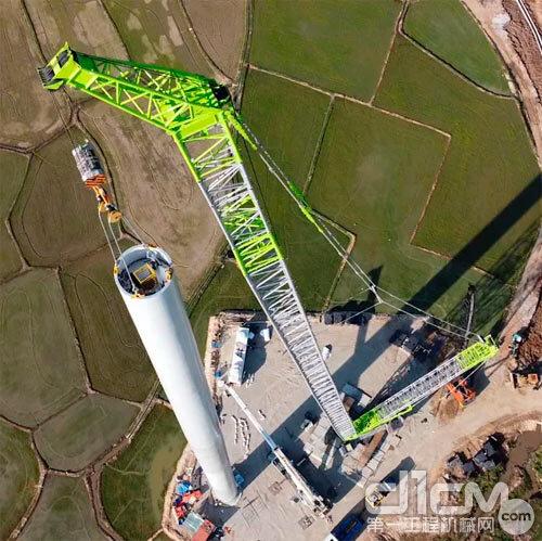 越南 风电机组安装现场