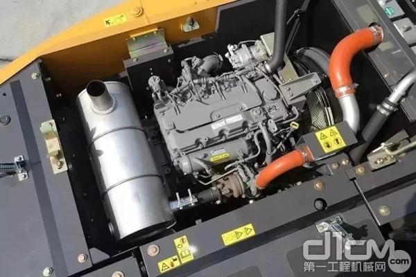 凯斯CX130C发动机
