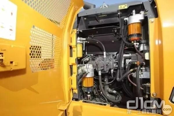 凯斯CX130C液压仓室