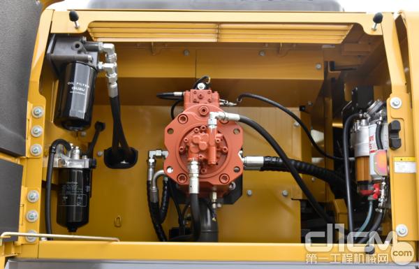 采用川崎大流量液压系统,液压系统压力为同吨位最高标准