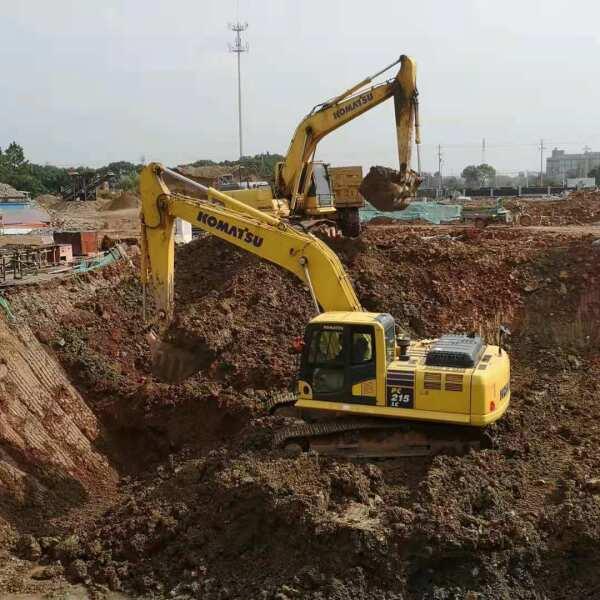 如何降低挖掘机履带板磨损