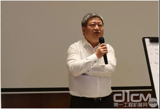 宝马格(上海)压实机械有限公司总经理 谭志宏先生