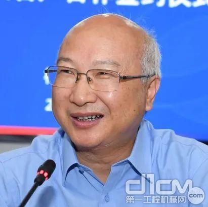 梅山矿业公司总经理杨念亮
