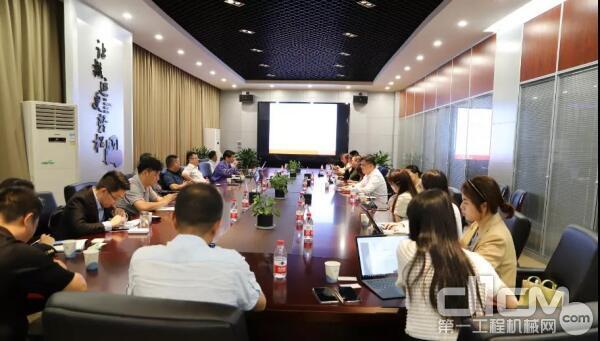 杭叉集团董秘陈赛民认为,叉车行业未来的发展空间还非常大。