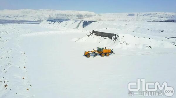 徐工设备在寒冷的西伯利亚