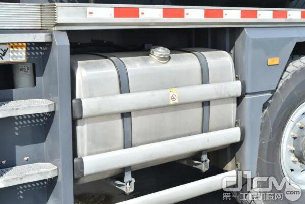 升级版470L大容积燃油箱