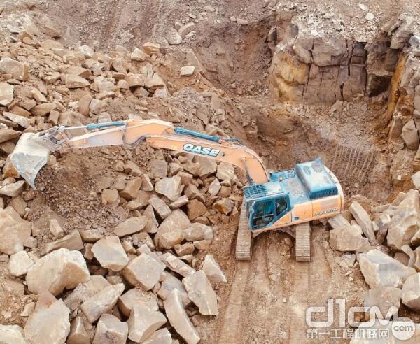 凯斯C系挖掘机