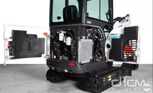 山猫E20采用久保田D722发动机,动力强