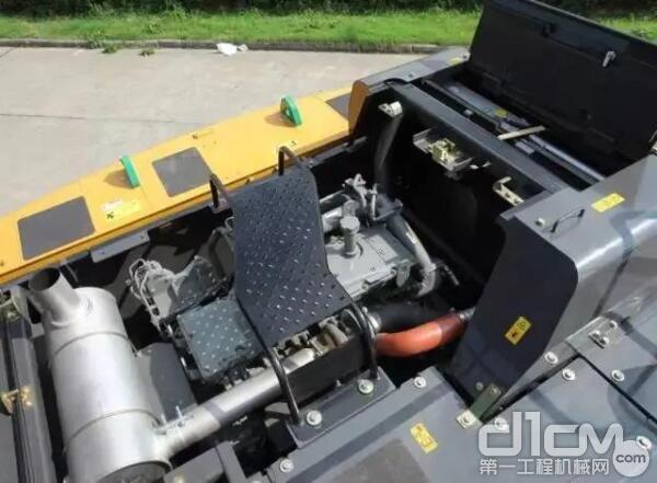 配备五十铃6缸高压共轨发动机