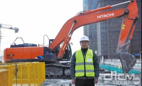 在企业经营层面,杨国利总是将员工放在第一位