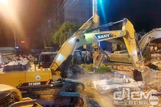 三一挖掘机参与救援