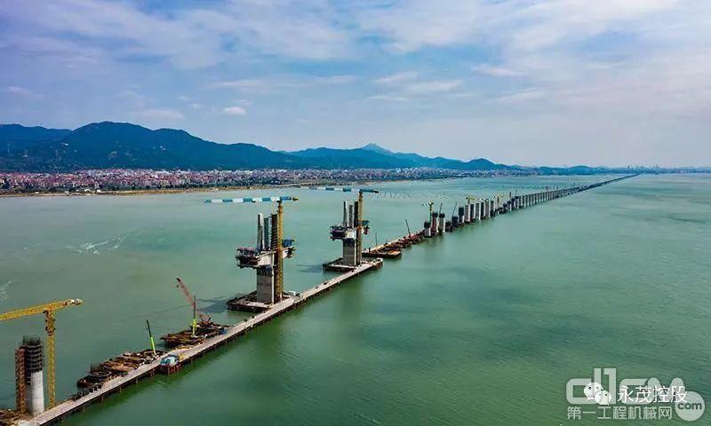永茂建机助力重点工程之福建湄洲湾跨海大桥