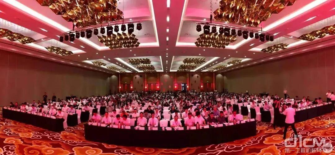 第八届全国砂石骨料行业科技大会现场