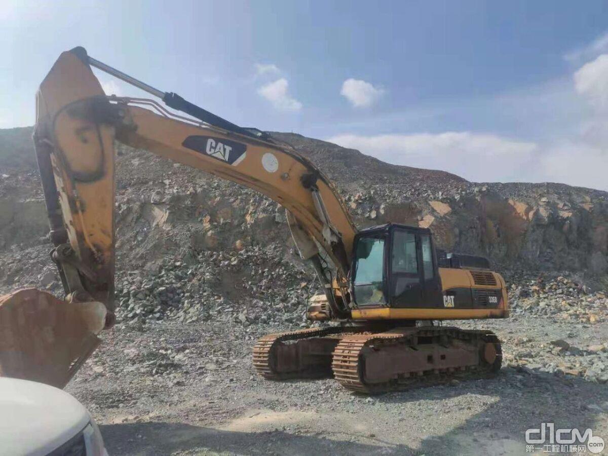 用户拥有的工作2万余小时的336D型挖掘机