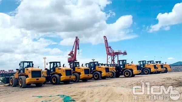 柳工装载机批量出口印尼,创单次采购新高